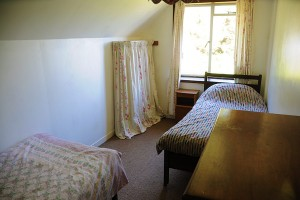 PortNaChroNorth_Bedroom_TwinSide1