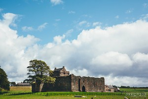 Skipness_castle_bigclouds